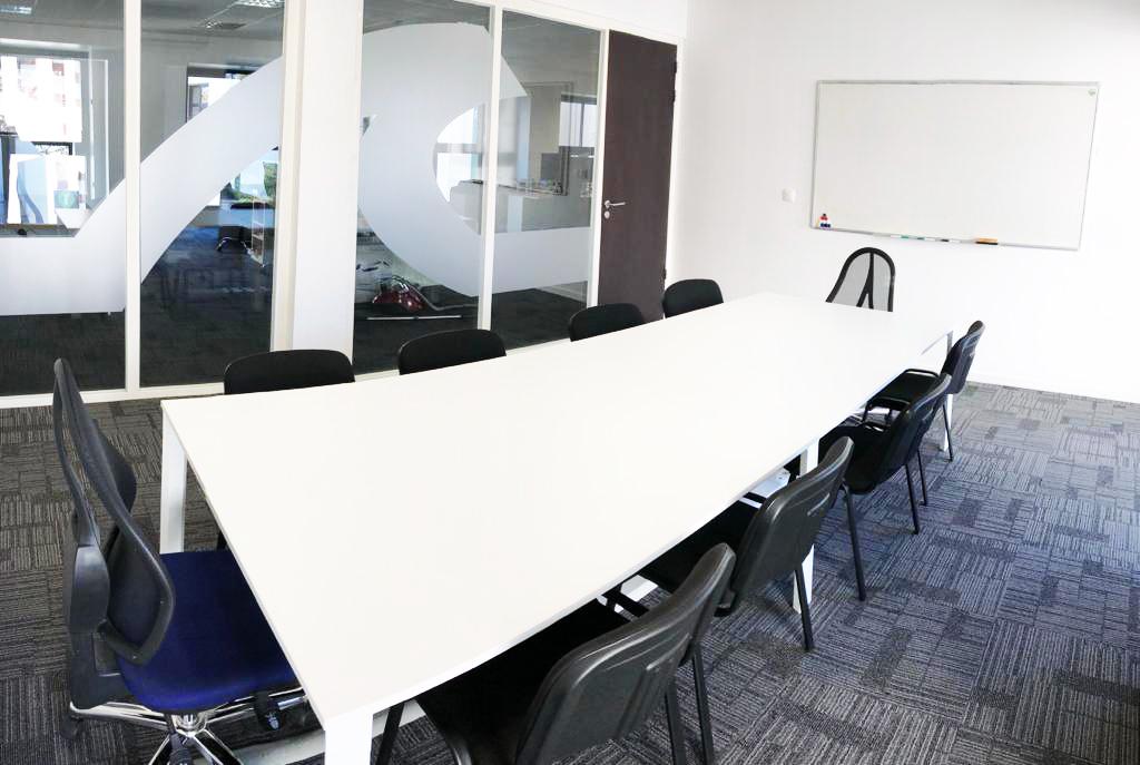 Coworking vannes miwimmo location bureaux salle open space